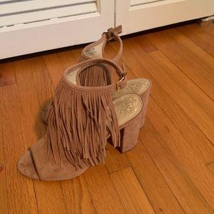 Vince Camuto Winiveer fringe heels size 6